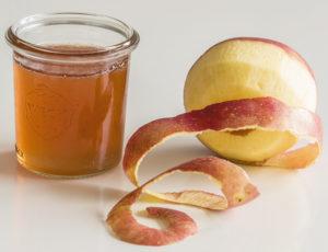 Boisson aux trognons et épluchures de pomme